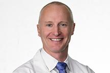 Headshot of Dr. Erik Kubiak